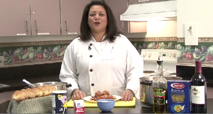 How to Make Pasta Sauce and Meatballs